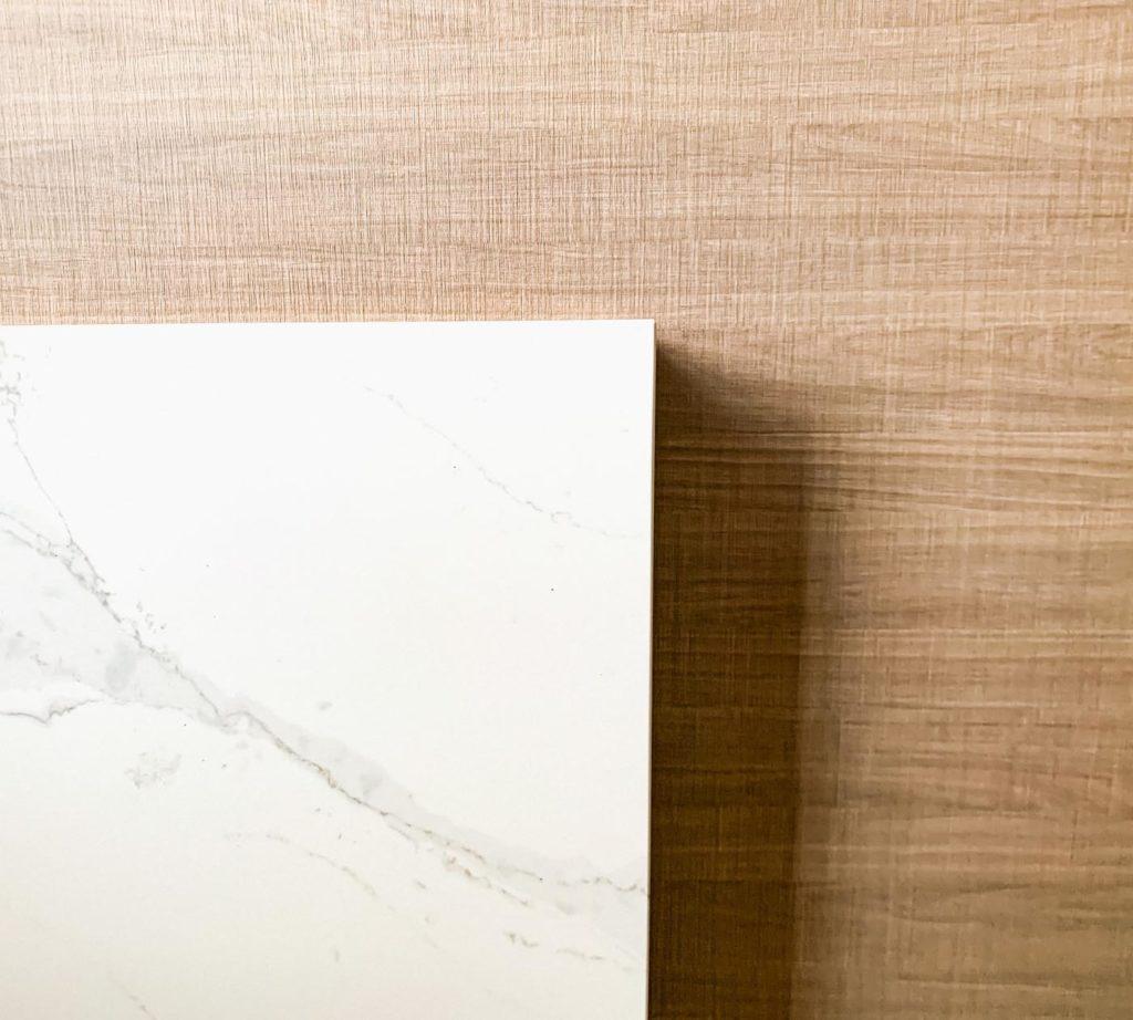 Bois et marbre | Maison 604 - Agence de conseil en décoration d'intérieur et design d'espace dans la région de Nancy et Paris.
