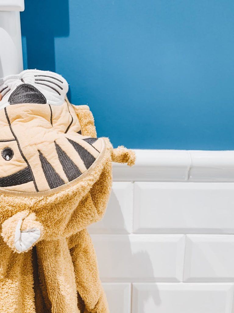 Salle de bain d'enfant | Maison 604 - Agence de conseil en décoration d'intérieur et design d'espace dans la région de Nancy et Paris.